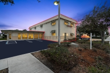 Retail for lease in Jupiter, FL