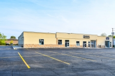 Retail property for lease in De Pere, WI