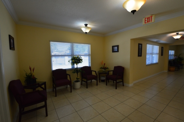 Listing Image #3 - Office for lease at 44 NE 16 Street, Homestead FL 33030