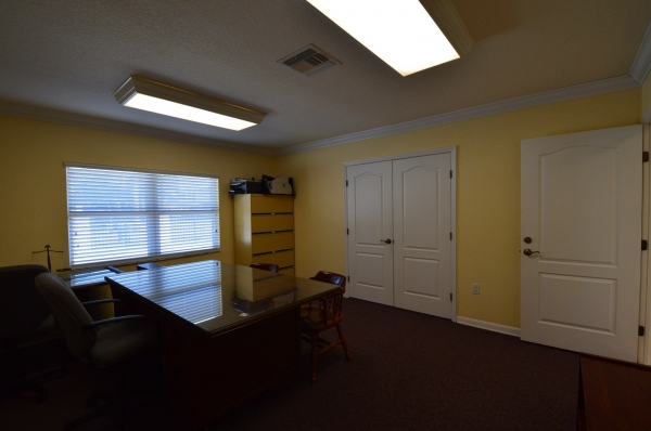 Listing Image #5 - Office for lease at 44 NE 16 Street, Homestead FL 33030