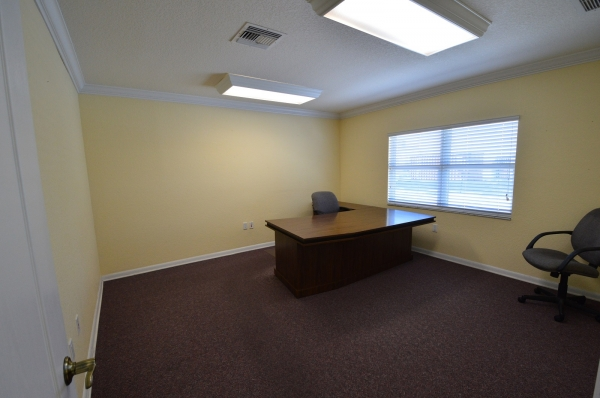 Listing Image #9 - Office for lease at 44 NE 16 Street, Homestead FL 33030