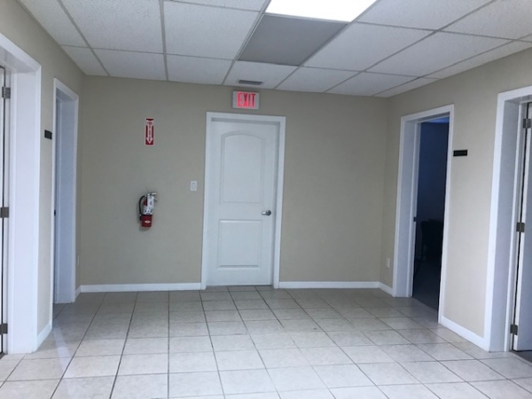 Listing Image #1 - Office for lease at 555 W MAIN STREET, BARTOW FL 33830