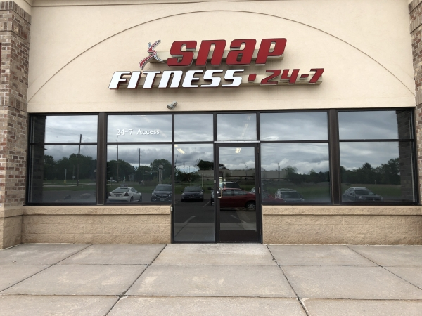 Snap Fitness - Applegate Commercial