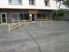 Retail property for lease in Lake in the Hills, IL