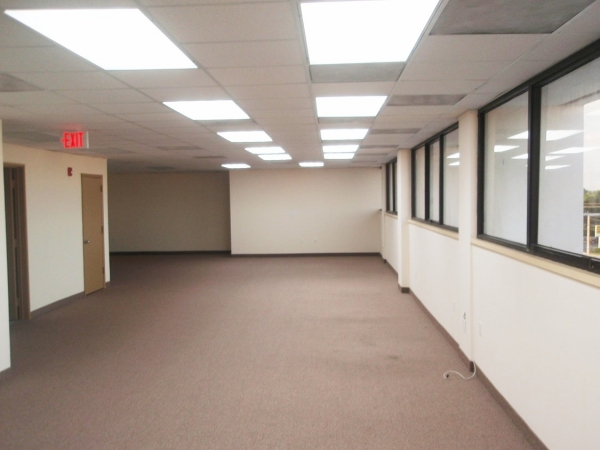 Listing Image #5 - Office for lease at 351 Cypress Rd 4th Floor, Pompano Beach FL 33060