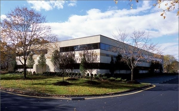Listing Image #1 - Health Care for lease at 83 Hanover Road, Florham Park NJ 07932