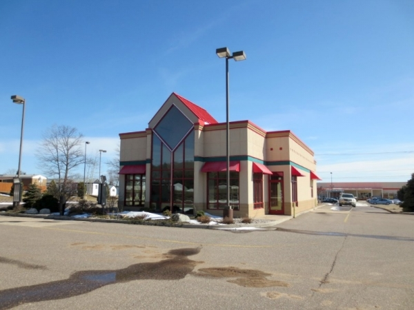 Listing Image #1 - Retail for sale at W8133 US Hwy 2, Iron Mountain MI 49801