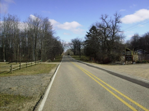 Listing Image #2 - Land for sale at 0 122nd Avenue, Fennville MI 49408