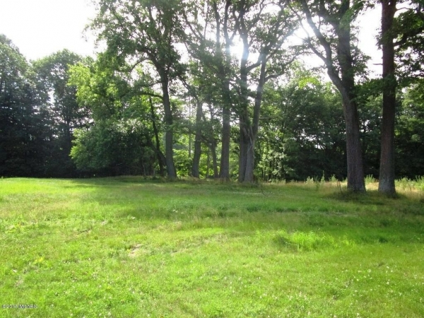 Listing Image #3 - Land for sale at 699 Golf View Drive 14, Douglas MI 49406