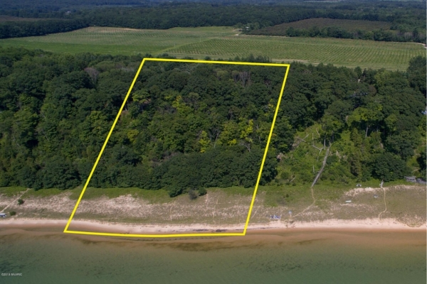 Listing Image #1 - Land for sale at 0 S Scenic Drive, Montague MI 49437