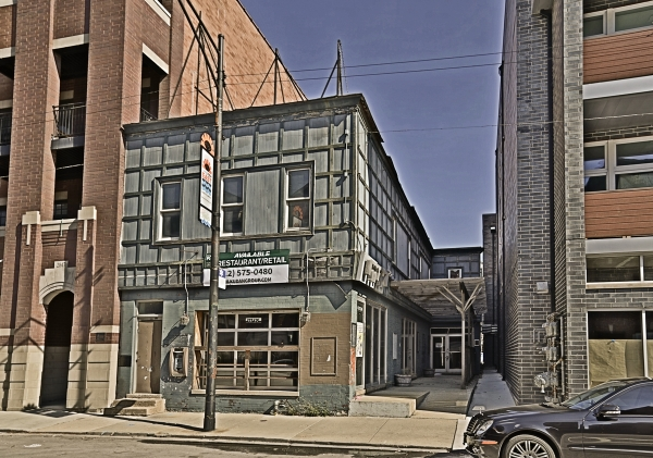Listing Image #1 - Retail for sale at 2843 Halsted St, Chicago IL 60657