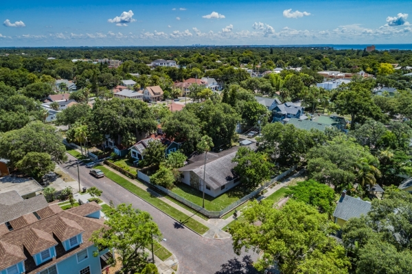 Listing Image #2 - Health Care for sale at 493 8th Ave N, Saint Petersburg FL 33701