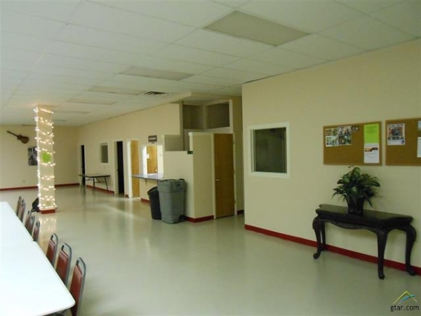 Listing Image #3 - Office for sale at 204 S Tyler, Big Sandy TX 75755
