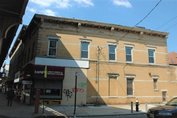 Listing Image #1 - Multi-Use for sale at 111-27 Jamaica Ave, Richmond Hill NY 11418