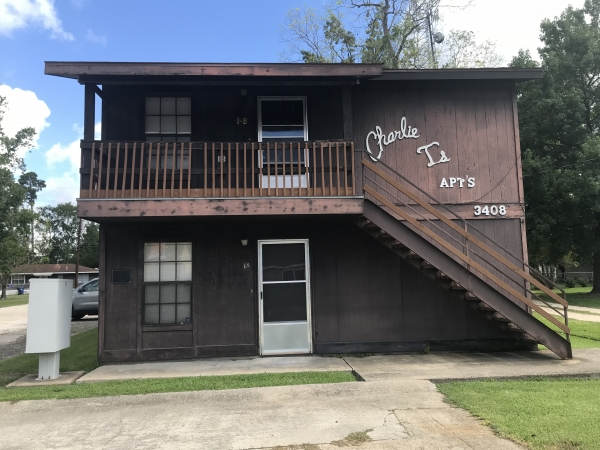 Listing Image #1 - Multi-family for sale at 3408 Maplewood Drive, Sulphur LA 70663