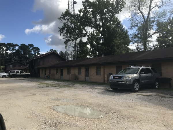 Listing Image #3 - Multi-family for sale at 3408 Maplewood Drive, Sulphur LA 70663