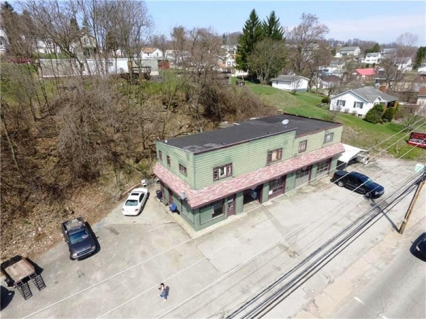 Listing Image #1 - Multi-Use for sale at 833 Main St, Bentleyville PA 15314