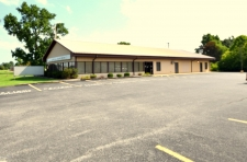 Listing Image #1 - Office for sale at 3224 S Park Ave, Herrin IL 62948