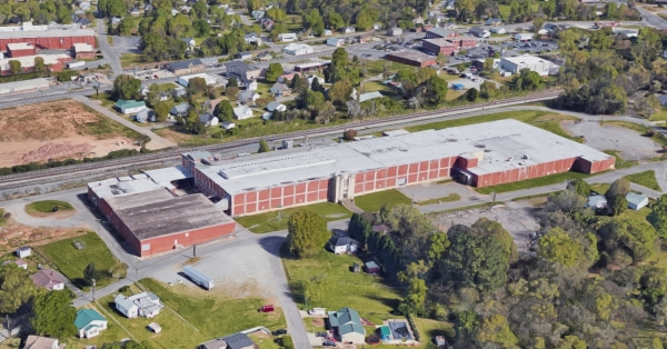 Listing Image #1 - Industrial for sale at 1910 Hunt Avenue, Gastonia NC 28054