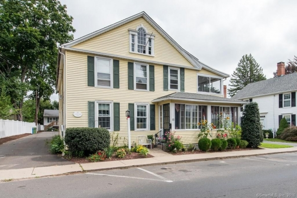 Listing Image #1 - Multi-Use for sale at 15-17 Pratt Street, Essex CT 06426