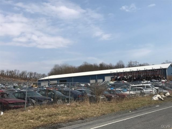 Listing Image #1 - Retail for sale at 4162 Best Station Rd, Slatington PA 18080