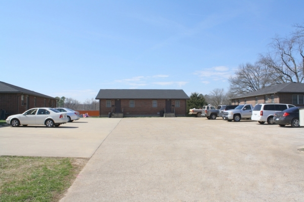 Listing Image #1 - Multi-family for sale at 703 Missouri Avenue, West Plains MO 65775