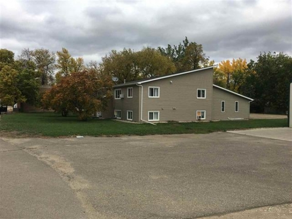Listing Image #1 - Multi-family for sale at 410 Main St., Carpio ND 58725
