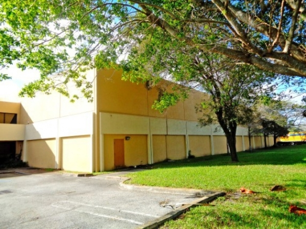 Listing Image #4 - Industrial for sale at 11917-11929 W Sample Rd., Coral Springs FL 33065