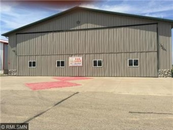 Listing Image #1 - Others for sale at 625 West Hangar Road, New Richmond WI 54017