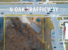 Listing Image #4 - Multi-Use for sale at 8532 N. Oak Trafficway, Kansas City MO 64155