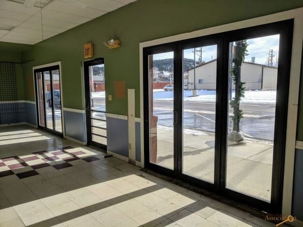 Listing Image #4 - Retail for sale at 915 E Main Street, Sturgis SD 57785
