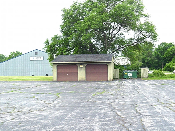Listing Image #2 - Office for sale at 170 St Andrews Road, Saginaw MI 48638