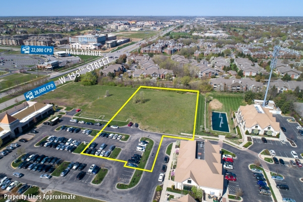 Listing Image #1 - Land for sale at 13470 Briar Street, Leawood KS 66201