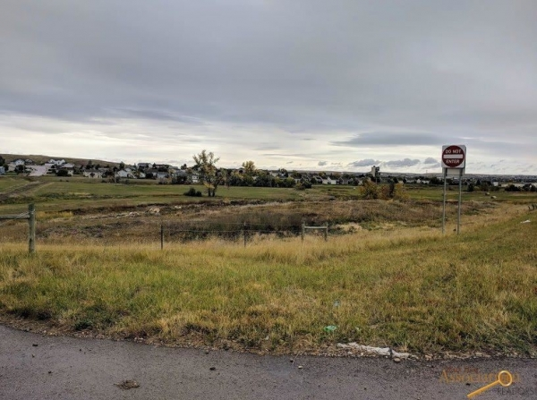 Listing Image #3 - Land for sale at TBD Catron Blvd - 17.71 Commercial Frontage Acres, Rapid City SD 57701