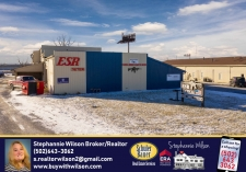 Retail property for sale in Jeffersonville, IN