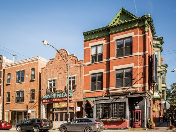 Listing Image #3 - Business for sale at 2701 N. Halsted St., Chicago IL 60614