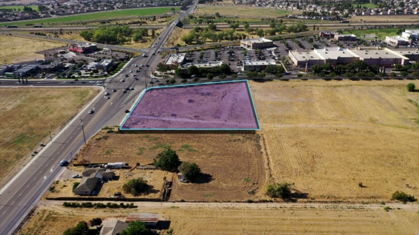Listing Image #2 - Land for sale at 1115 S. Airport Way, Manteca CA 95336