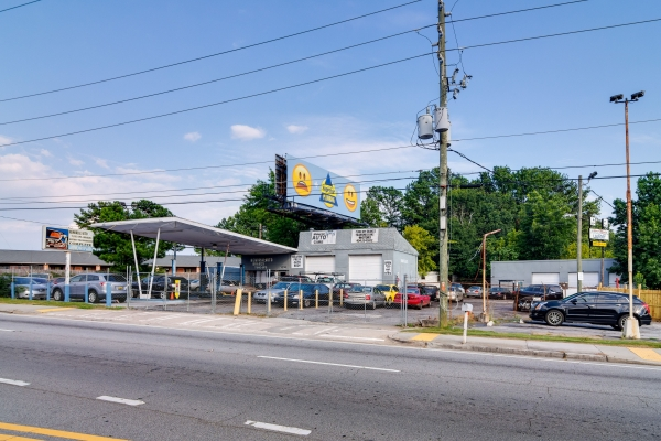 Listing Image #1 - Retail for sale at 3393 Memorial Drive, Decatur GA 30032
