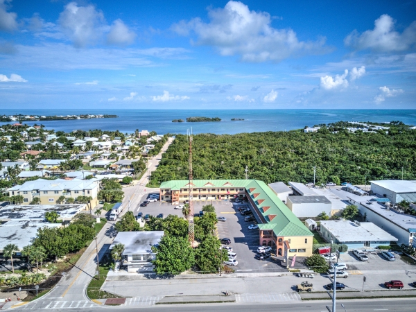 Listing Image #1 - Retail for sale at 11400 Overseas Highway, Marathon FL 33050