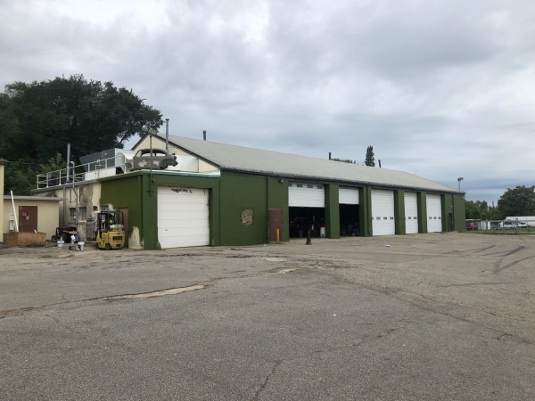 Listing Image #2 - Industrial for sale at 1101 Chavez Drive, Flint MI 48503