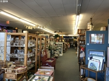 Listing Image #2 - Retail for sale at 470 Highway 101, Florence OR 97439