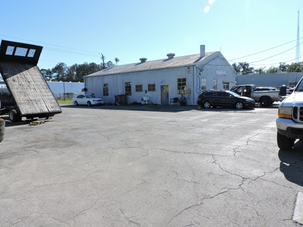 Listing Image #2 - Multi-Use for sale at 1170 W US Highway 90, Lake City FL 32055