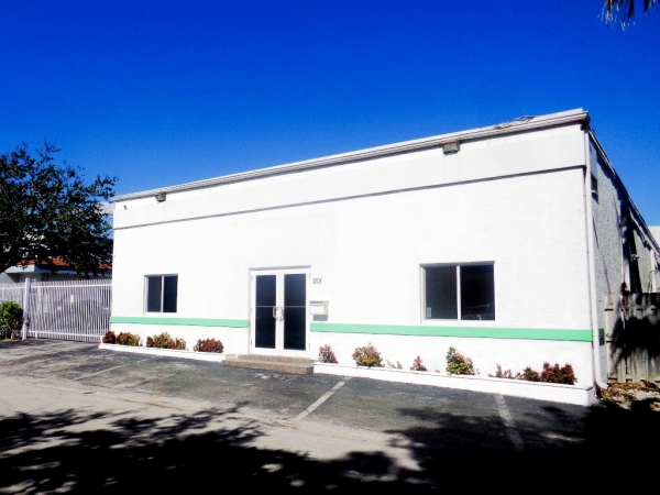 Listing Image #1 - Office for sale at 1101 NW 51st St, Fort Lauderdale FL 33309
