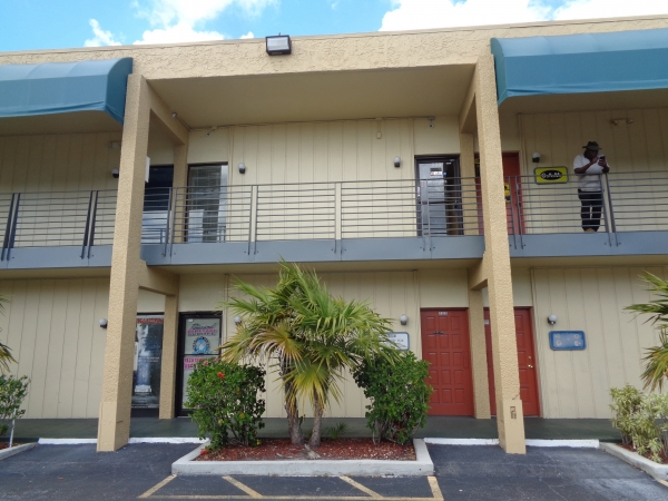 Listing Image #2 - Office for sale at 2331 N State Rd 7 #223, Lauderhill FL 33313