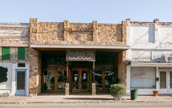 Listing Image #1 - Retail for sale at 514 Main Street, Teague TX 75860