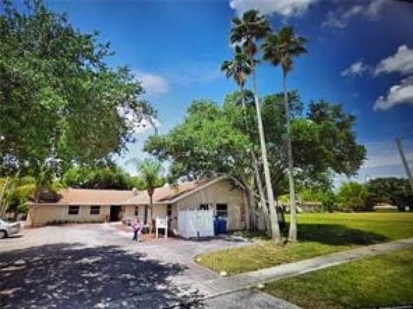 Listing Image #1 - Business for sale at 3621 NW 90th Ter, Sunrise FL 33351