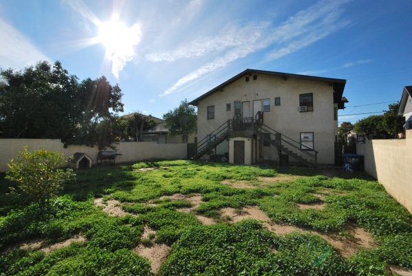 Listing Image #6 - Multi-family for sale at 1657-1659 W 12th Pl, Los Angeles CA 90015