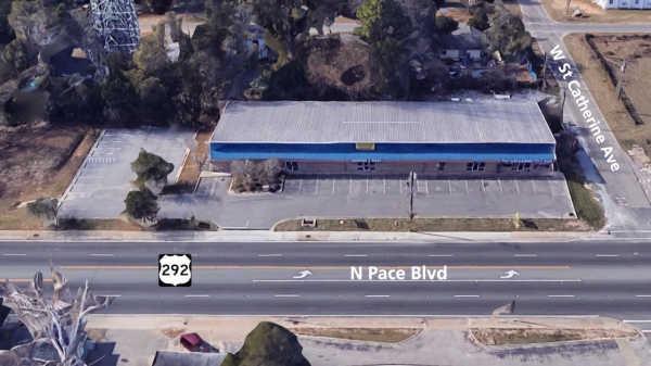 Listing Image #2 - Multi-Use for sale at 2415 N Pace Blvd, Pensacola FL 32505