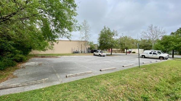 Listing Image #5 - Multi-Use for sale at 2415 N Pace Blvd, Pensacola FL 32505