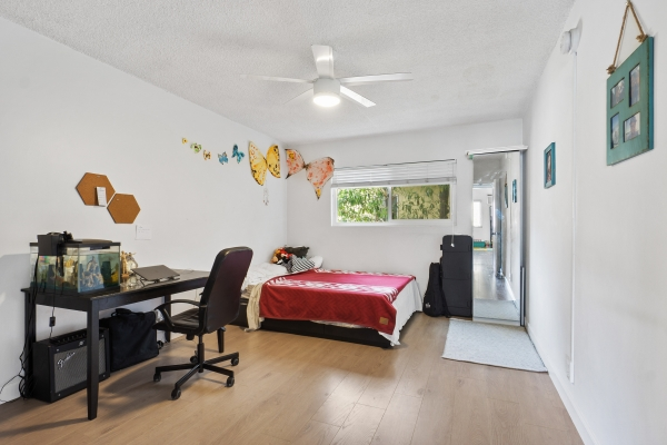 Listing Image #8 - Multi-family for sale at 4408 Russell Ave, Los Feliz CA 90027